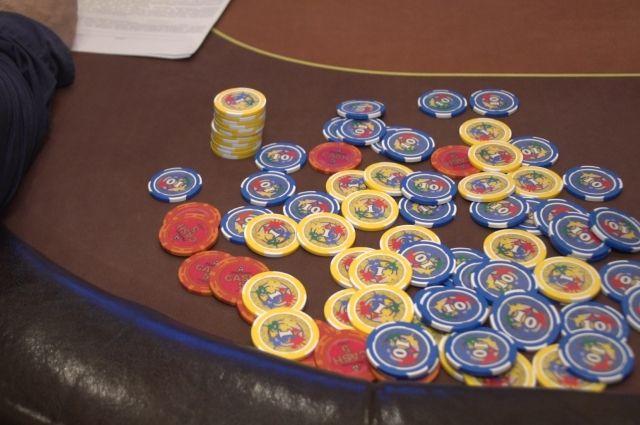 27-летнюю женщину заподозрили в проведении азартных игр в Калининграде.
