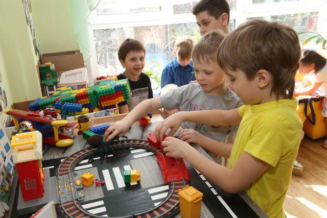 В апреле начнется запись детей в детские сады.