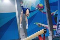 Родители часто отдают в гимнастику с четырех лет, а надо с шести.