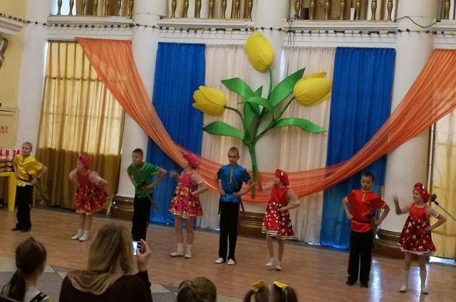 Торговая сеть «Пятерочка» выступила партнером фестиваля и поддержала фестиваль «Лучики надежды»..