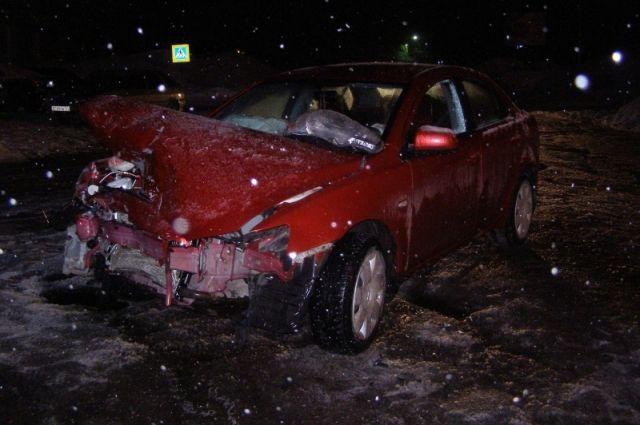 Пассажир ВАЗа получил травмы