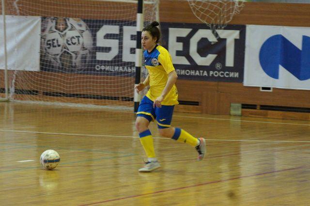 Игрок МФК «Лагуна-УОР» Лиана Юхаева.