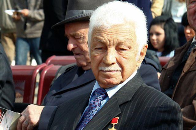 Чем запомнился известный лётчик-испытатель Степан Микоян?