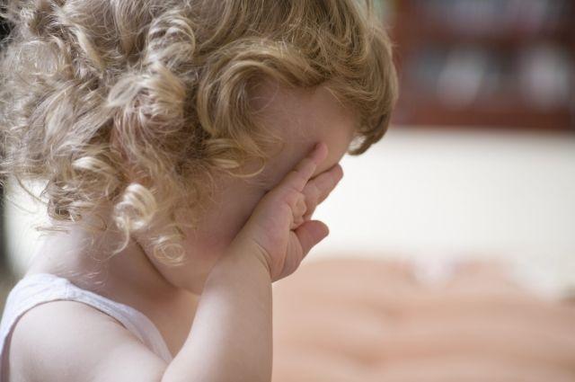 Волгоградка морила голодом 4-летнюю дочь заплохое поведение
