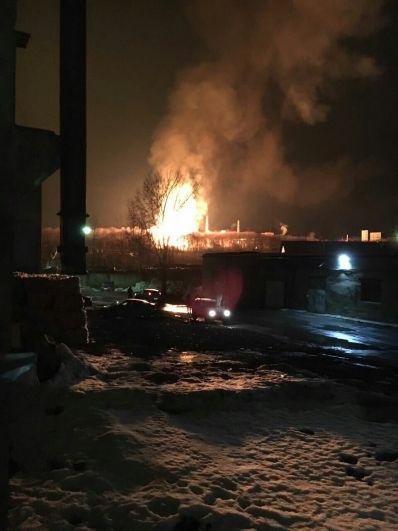 Ликвидация открытого горения произошла в 21.49, через 20 минут пожар удалось потушить.