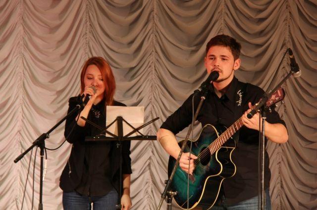 Концерт бардовской песни «Сотворчество».