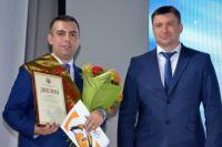 Арсен Григорян слева.