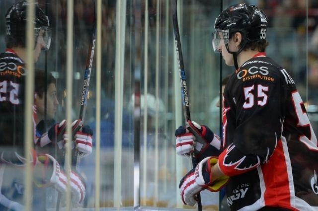 Хоккейный сезон окончен, но новости об «Авангарде» всё ещё важнее других.