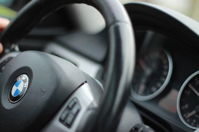 Какие ограничения ввели для начинающих водителей?