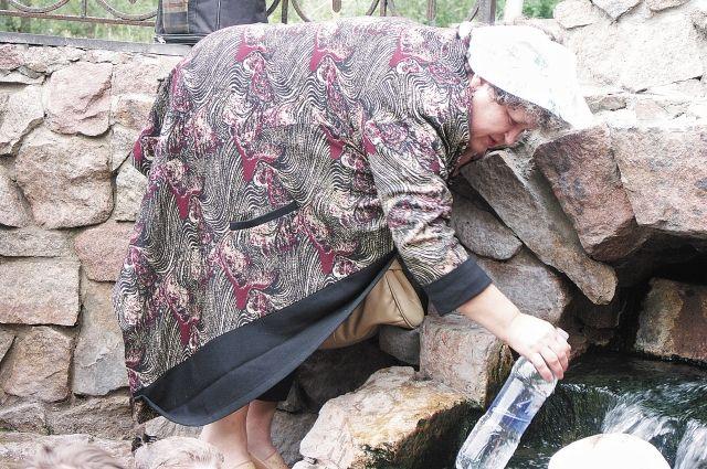 В прошлом году более 400 жителей Перми заболели гепатитом А. Большая часть из них пили воду из родников.
