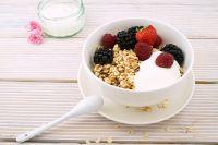 Часто голод мы заглушаем вредными вкусностями, которые прибавляют нам лишние килограммы.