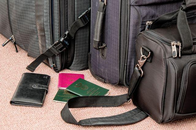После оплаты алиментов мужчина спокойно может отдыхать за границей.