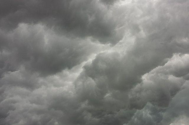 ВРостове с28марта предполагается сильный ветер иснег сдождем