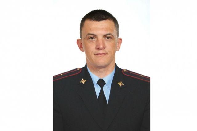 Родителям Евгения Никулина, погибшего при исполнении служебного долга, вручили Орден Мужества