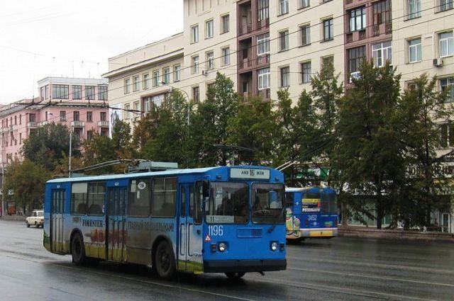 Челябинский губернатор потребовал отчиновников отмыть публичный транспорт