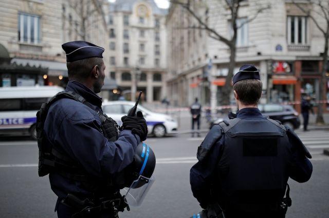 Полиция задержала 35 протестующих в ходе беспорядков в Париже