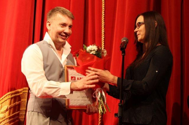 Эдуард Тимошенко был признан «Самым любимым театральным актером Алтайского края».
