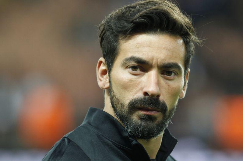 Замыкает пятёрку самых высокооплачиваемых футболистов нападающий клуба «Хэбэй Чайна Фортун», аргентинец Эсекьэль Лавесси — 28,5 млн евро.