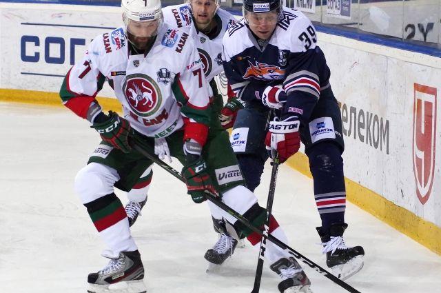 «Металлург» выиграл третий матч у «Ак Барса» в 1/2 финала в Кубке Гагарина