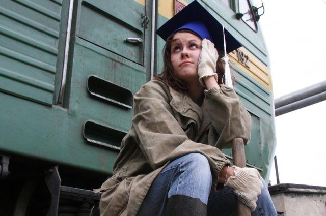 Четверть работодателей заинтересованы только в специалистах с высшем образованием.