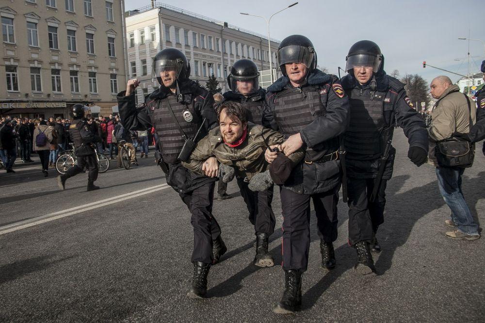 Правоохранители задерживали всех подряд