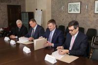 Представители компаний подписали важное соглашение