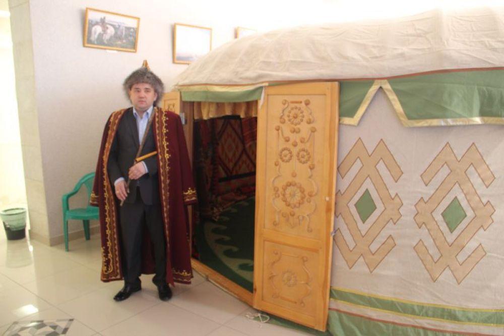 Башкирскую юрту поставили в одном из помещений Дворца.