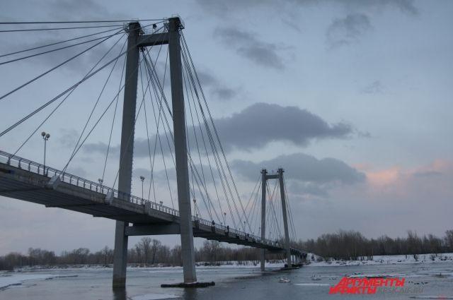 В Тюмени мост через ж/д пути отремонтируют за 45,3 млн рублей