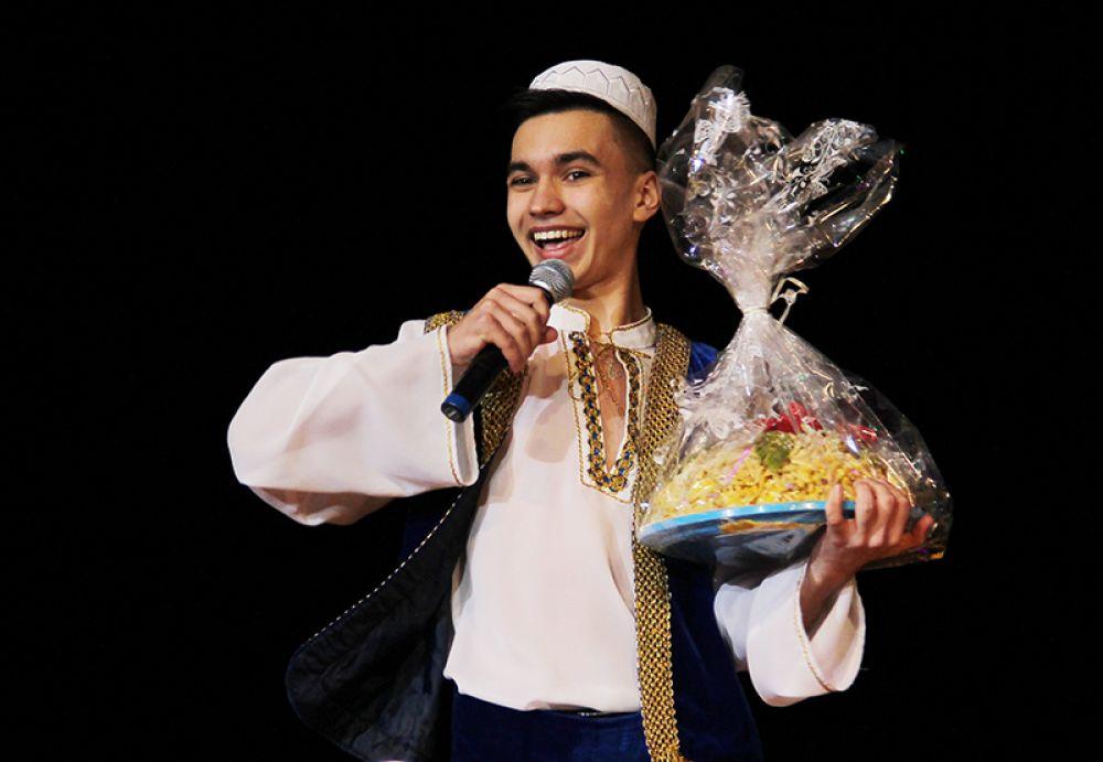 Настоящий татарский чак-чак - членам жюри