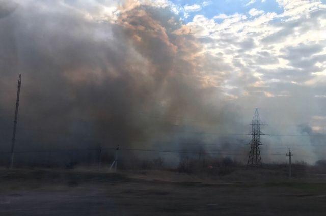 На Ямале двое мастеров, по вине которых сгорел жилой дом, отделались штрафами.