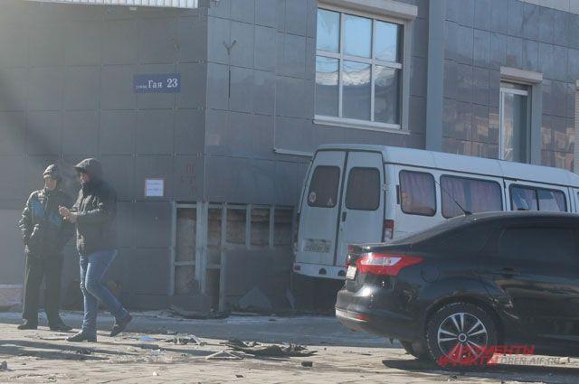 ДТП наГая: ГАЗель въехала в сооружение прокуратуры