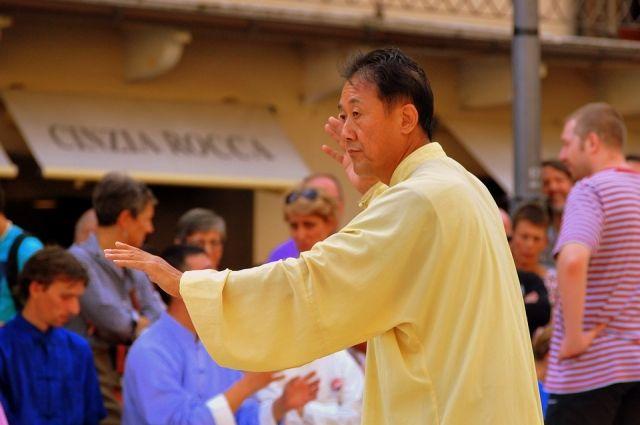 Пенсионерам предлагают походить на занятия по китайской гимнастики