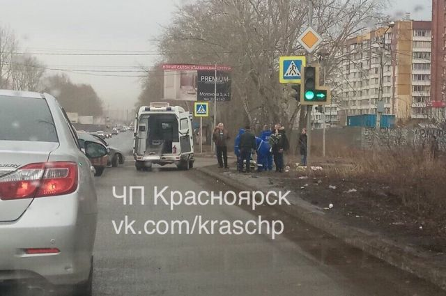 ДТП на перекрёстке улиц Алексеева и Батурина произошло утром 30 апреля.