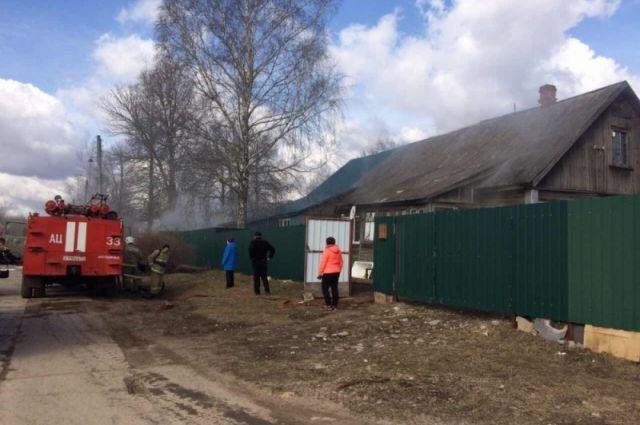 ВШатске впожаре вдоме погибли два человека
