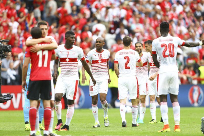 Швейцария. Лидер европейской отборочной группы В: пять матчей — пять побед. Два ближайших матча — с аутсайдерами (Фареры и Андорра).