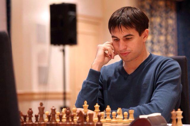Дмитрий Андрейкин совершил невозможное - выиграл партию у мирового шахматного короля Магнуса Карлсена.