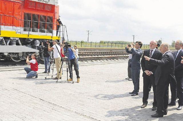Первый поезд из Китая в ТЛК «Южноуральский» встретили с большой помпой.
