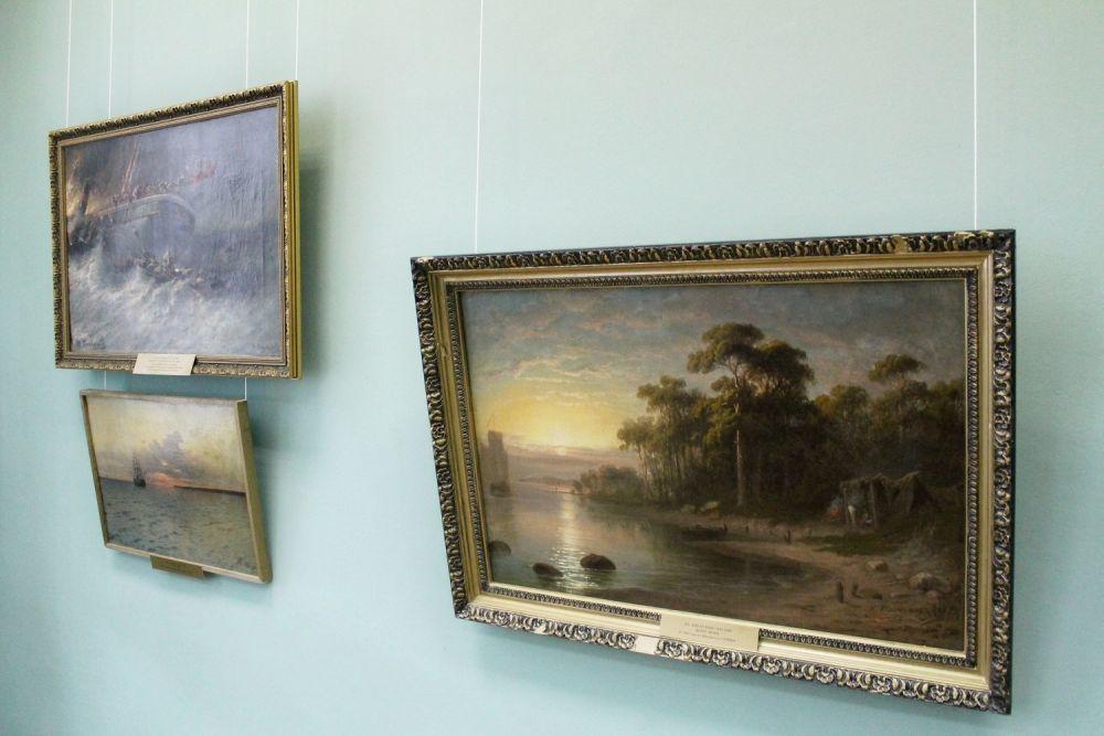 Картины художника представлены в Иркутске впервые.