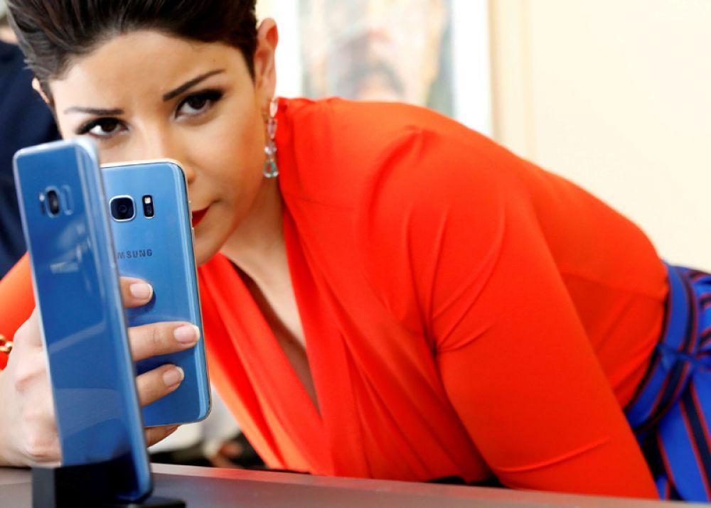 30 марта. В Нью-Йорке прошла презентация двух новых флагманских смартфонов Samsung — Galaxy S8 и S8 Plus.