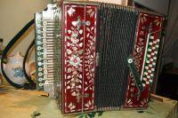 Имя Ивана Плешивцева было включено в так называемую первую золотую десятку гармонистов страны.