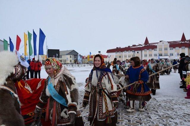 Спортсмены из всех поселков Ямальского района прибыли в Яр-Сале для участия в Дне оленевода.