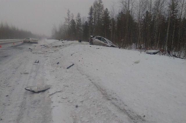 В больницу Муравленко доставлены три человека, пострадавших в ДТП