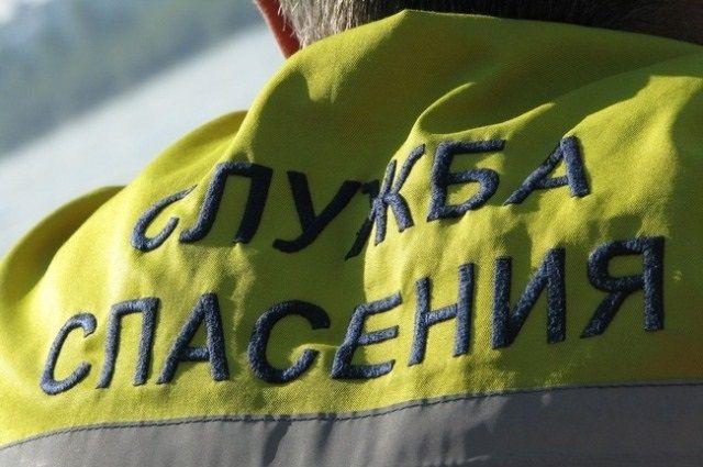 Кемеровские спасатели помогли 160-килограммовому мужчине.