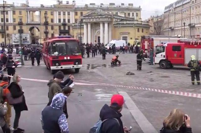 Впроцессе теракта впетербургском метро пострадала школьница изБарнаула