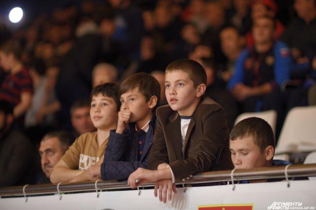 Ямальские спортсменки привезли золотые медали с Чемпионата России по дзюдо.