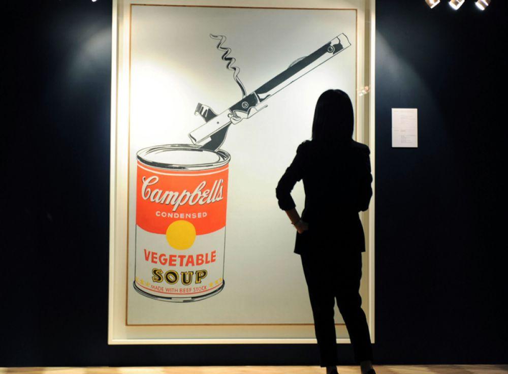 «Большая банка супа Кэмпбелл с открывашкой» продана в 2010 году на торгах Christie's за 23,9 млн долларов.