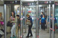 Рамки в метро - бесполезны.