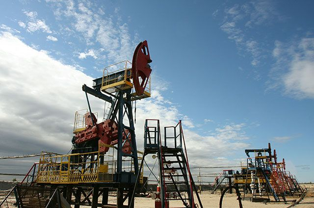 Стоимость нефти марки Brent опустилась до $54,07 забаррель