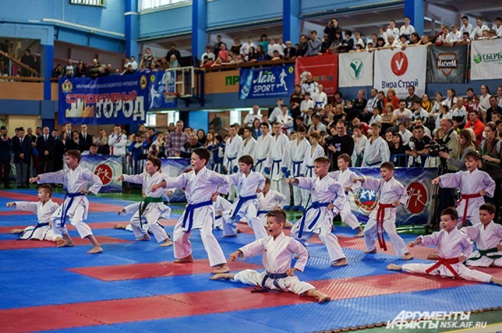 Турнир проходил во Дворце спорта Новосибирского государственного технического университета