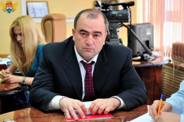 И.о. главы Буйнакского района Дагестана Камиль Изиев
